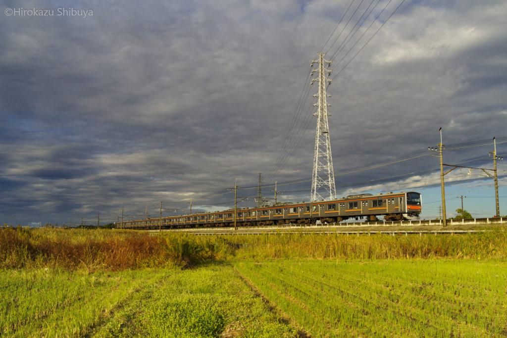 奥ヒガウラを走る205系(JR武蔵野線 東浦和駅~東川口駅)